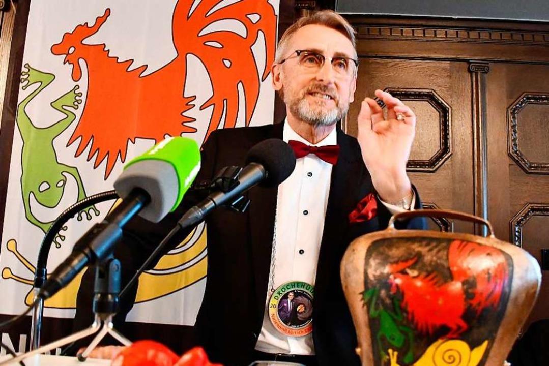 Armin Schuster antwortete mit einer me...e Verleihung des  Drochehüüler-Ordens.  | Foto: Barbara Ruda
