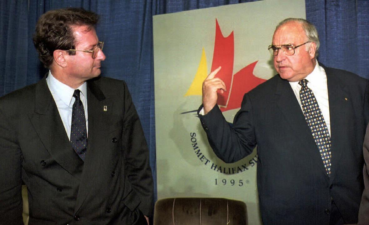 Klaus Kinkel mit Helmut Kohl  | Foto: dpa