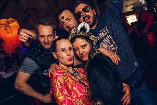 Fotos: Das war die längste Rosenmontagsparty Freiburgs in der Harmonie