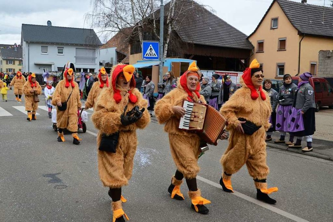 Glückliche Freilandhühner.    Foto: Roland Vitt