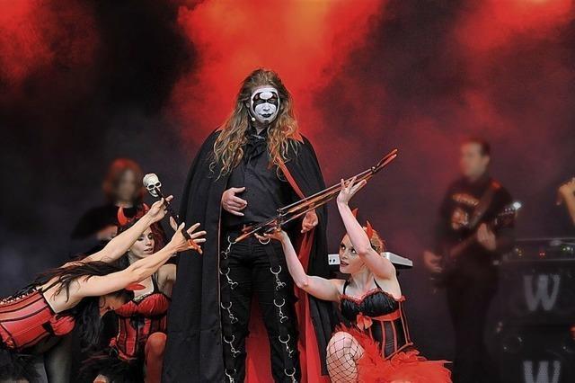 Goethes Faust als Rock-Spektakel - Langeweile bei diesem Literatur-Klassiker kommt bei dieser Bühnenshow sicher nicht auf