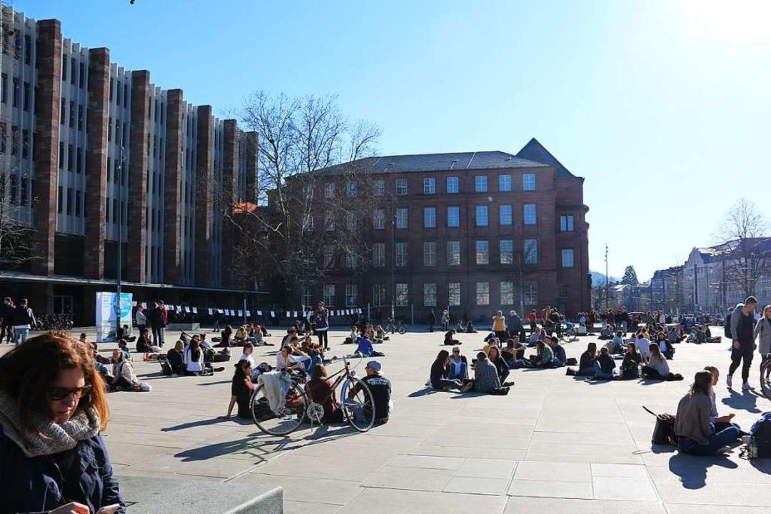Die Zahl der Studierenden an der Alber... Zahl der Studenten um 547 auf 24.892.    Foto: Lisa Petrich