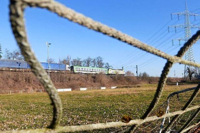Auf dem alten Norsinger Sportplatz soll ein Gewerbegebiet entstehen