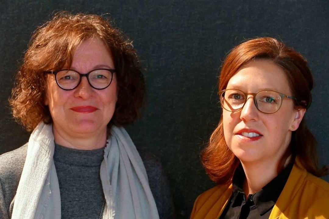 Die Programmverantwortlichen: Birgit Degenhardt (l.) und Vera Meister  | Foto: Willi Adam