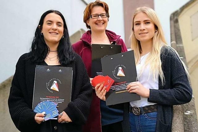 100 Erst- und Jungwähler kriegen ein Date mit der Stadtpolitik