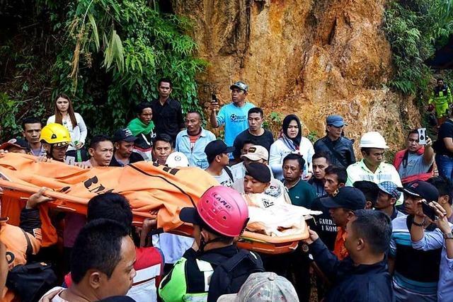 Suche nach Vermissten in eingestürzter Goldmine in Jakarta eingestellt