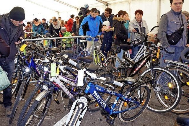 Günstige Ausstattung zum Start der Fahrradsaison