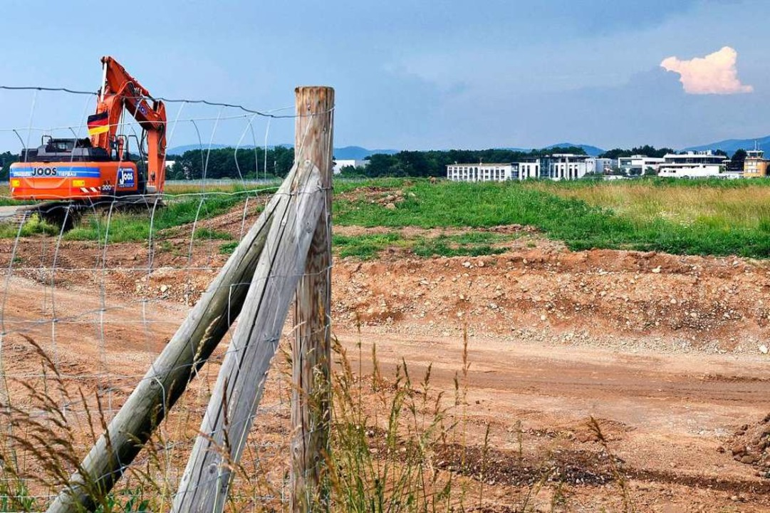 Im Juni 2018 haben die vorbereitenden Arbeiten fürs neue SC-Stadion begonnen.  | Foto: Thomas Kunz