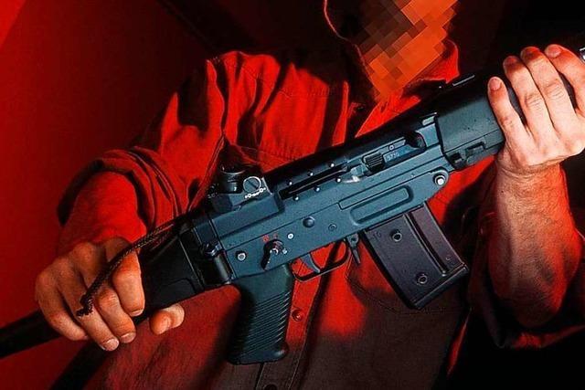Urteil gegen Schweizer, der nach Deutschland umzog – samt Sturmgewehr