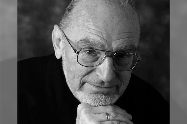 Kurz gefasst: Dirigent Michael Gielen gestorben