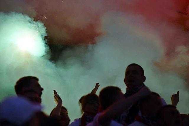Gedenken an mutmaßlichen Rechtsextremisten bei Fußballspiel in Chemnitz