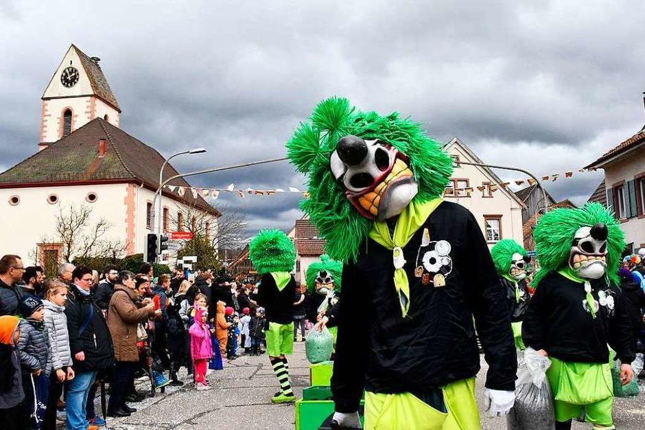 Der Buurefasnachts-Umzug in Hauingen (Foto: Barbara Ruda)