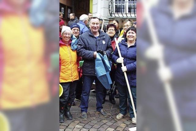 120 machen die Stadt sauber