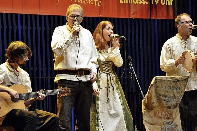 Mit Musik und Gesang zurück ins Mittelalter
