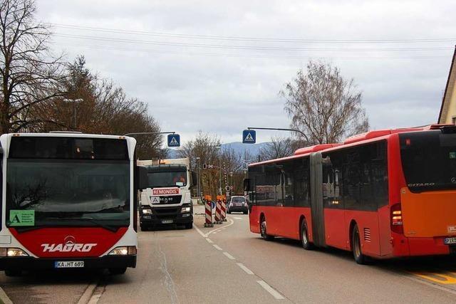 Beim Schienenersatzverkehr am östlichen Kaiserstuhl hakt es