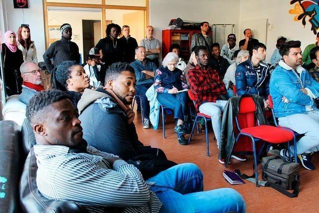 In Stegen fand eine Infoveranstaltung zu Ausbildungsfragen für Geflüchtete statt