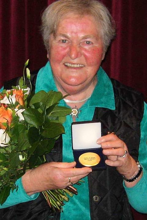 2009 bekam Luise Meier die Ehrenmedaille der Stadt Kandern (Archivbild).  | Foto: Michael Raab