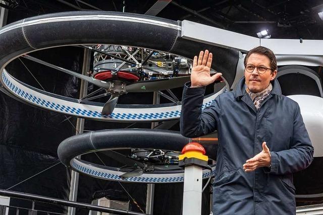 Verkehrsminister Andreas Scheuer findet Flugtaxis