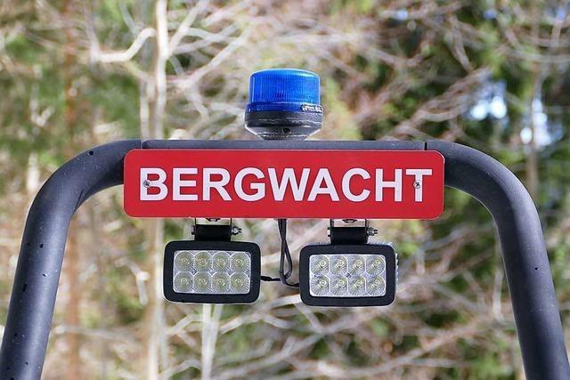 Unfall bei Waldarbeit – Bergwacht hilft