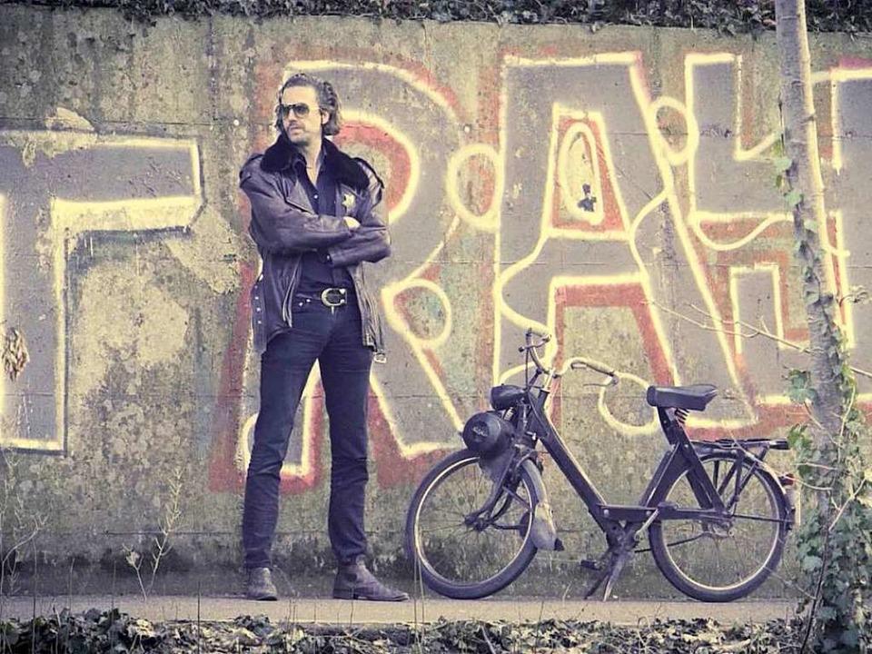 Der Sheriff wartet an der Dreisam auf den nächsten Verkehrssünder.    Foto: Screenshot