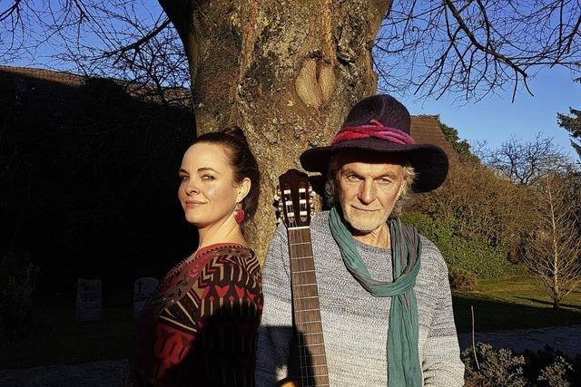 Deutsche Liedermachertradition mit Urban Huber und Tochter Rahel. Konzert im Gemeindehaus Heuweiler