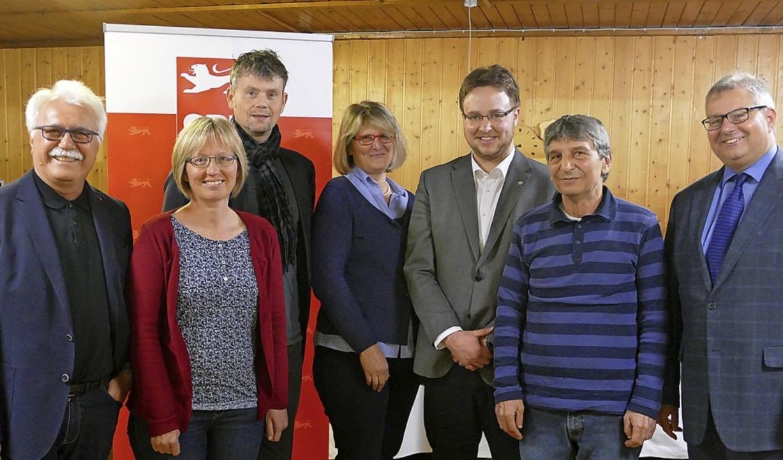Die Kreistagskandidaten der SPD (von l...le, Bülent Beskaya und Alexander Guhl   | Foto: Axel Kremp