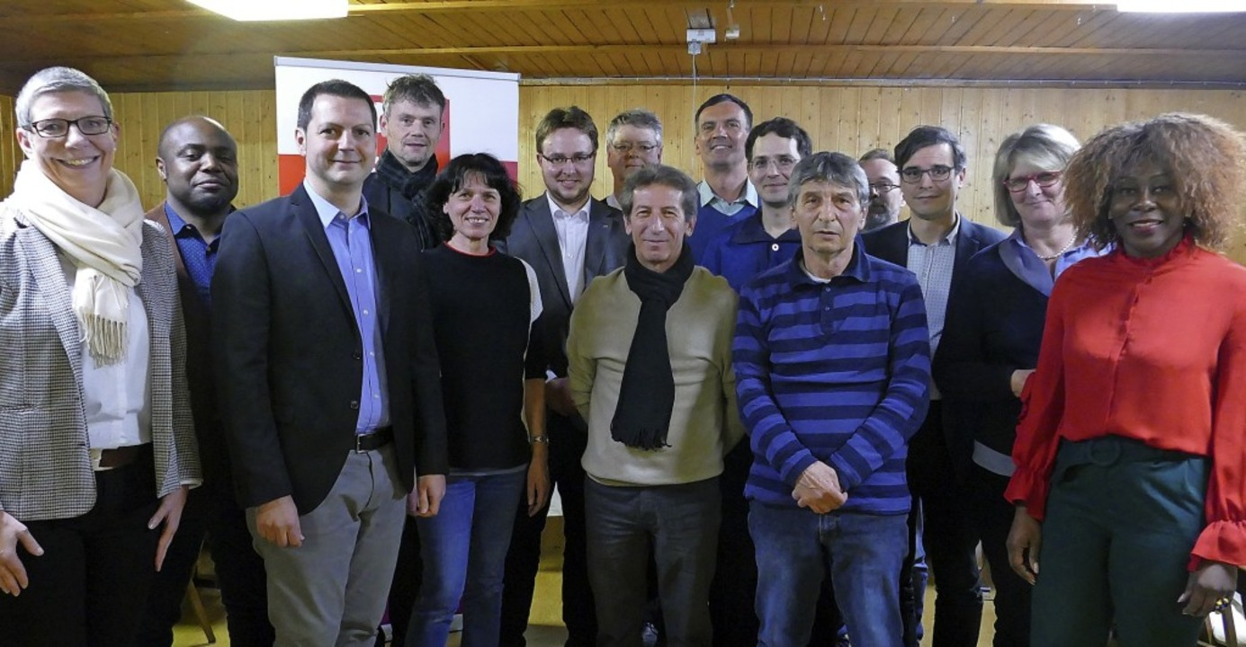 Die Gemeinderatskandidaten der SPD Bad... Juliane Brenke, Nina Adriane Mbialeu   | Foto: Kremp