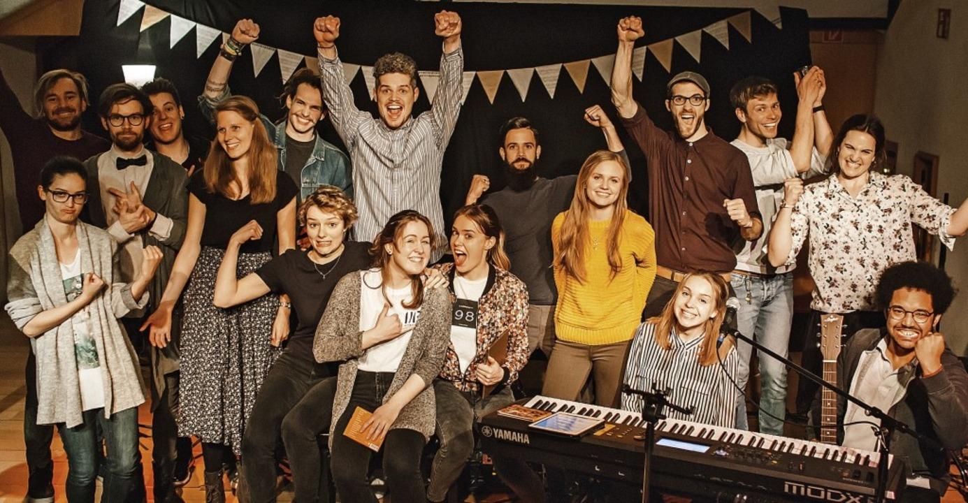 Freude über die tollen Auftritte  &#82...men mit den Teilnehmern und der Jury    | Foto: Knut Burmeister