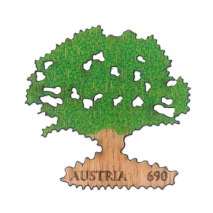 Besonders ist auch die österreichische...us Holz und hat die Form eines Baumes.  | Foto: Österreichische Post AG