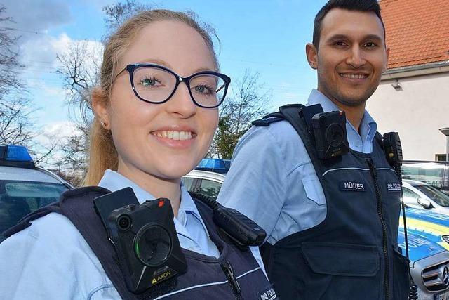 Die Polizisten in Weil am Rhein sind ab sofort mit Bodycam auf Streife
