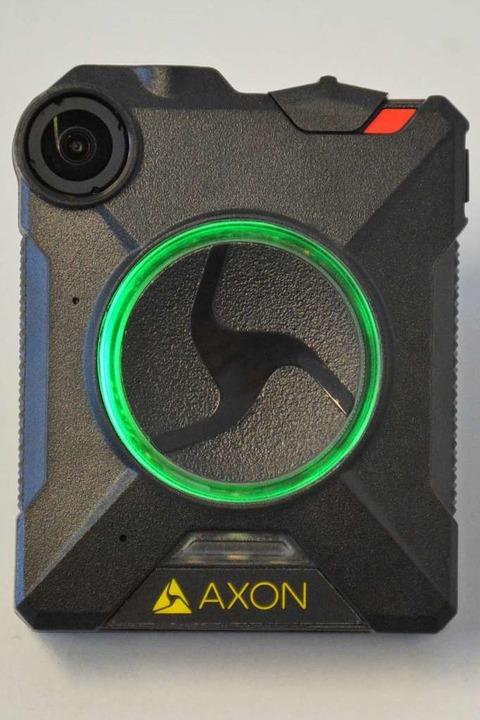 Grüner Ring: Die Kamera ist an, zeichnet aber noch nicht auf.    Foto: Hannes Lauber