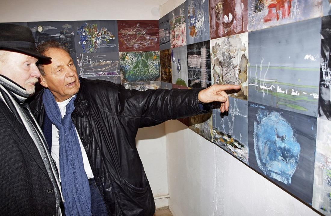 Ludwig Quaas erklärt Thomas Menzel seine Kunst   | Foto: Michael Haberer