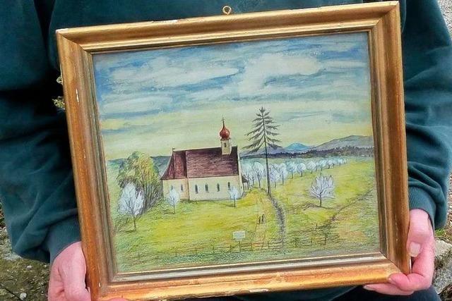 Ebringer Künstlerstammtisch bedankt sich mit Ausstellung bei Archivar Eddy Weeger