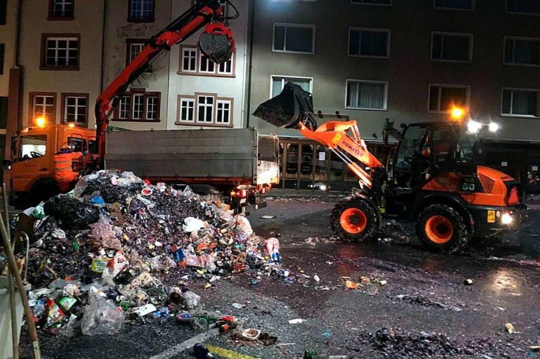 405 Tonnen Konfetti und anderer Müll wurden weggeschafft.  | Foto: Kanton Basel-Stadt