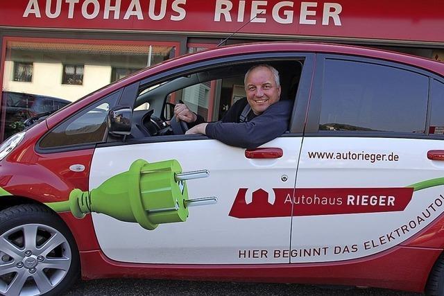 Ein kleiner Autosalon in Rickenbach