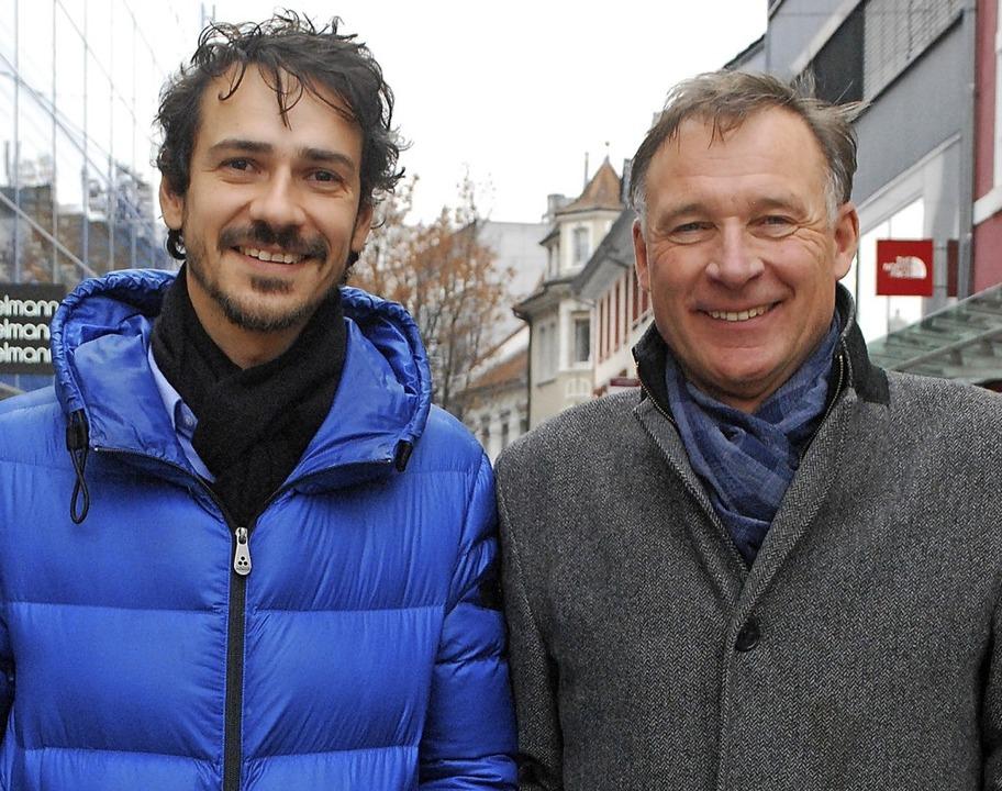 Lukas Harlan (links) von der Schöpflin...ng vom Projektteam des Zukunftsforums   | Foto: Thomas Loisl Mink