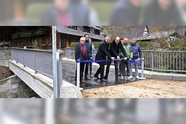 Neue Brücke eingeweiht