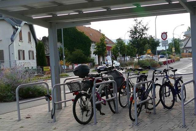 Am Eimeldinger Bahnhalt werden 18 Fahrradabstellplätze entstehen
