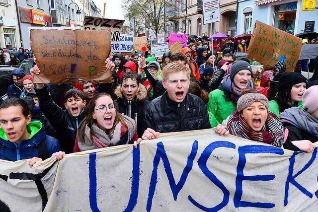 Rund 5000 Schüler aus ganz Südbaden streiken bei Fridays for Future in Freiburg