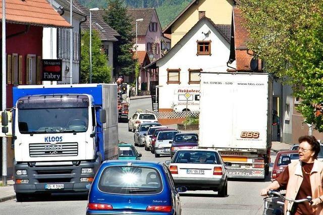 Lastwagen müssen Reichenbach weiträumig umfahren