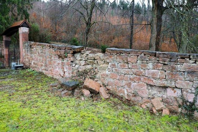 Die historische Friedhofsmauer in Sulz kann saniert werden