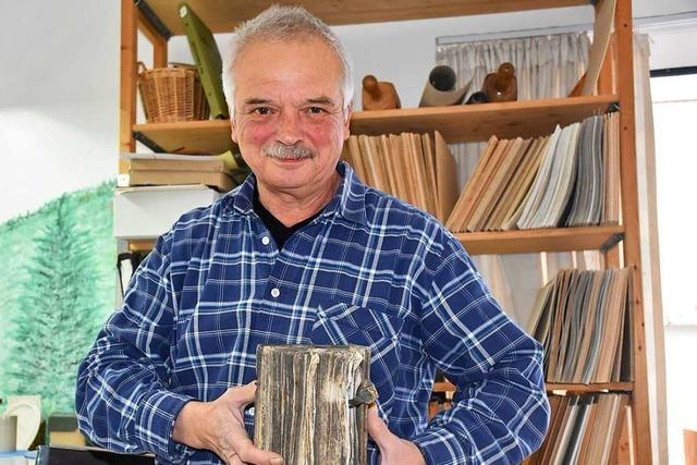 Michael Steiert aus Hinterzarten ist einer von drei Buchbindern im Land