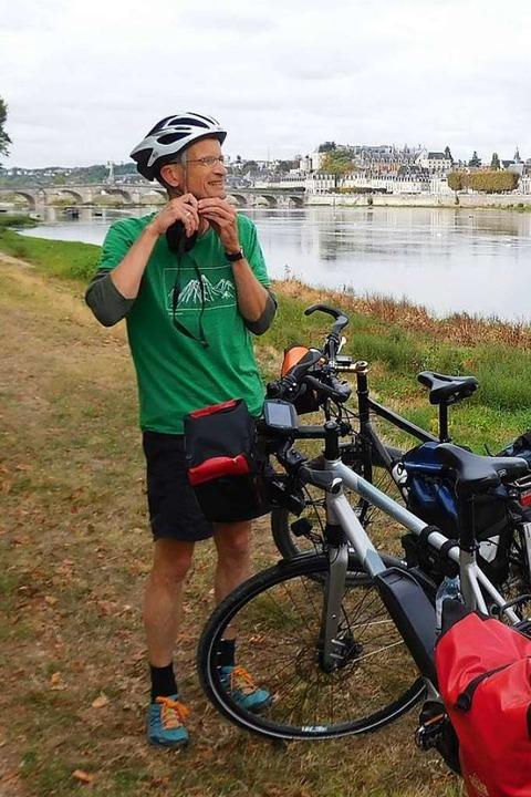 Viel Überzeugungsarbeit: Auch Uli fährt jetzt mit Helm.  | Foto: Andreas Strepenick