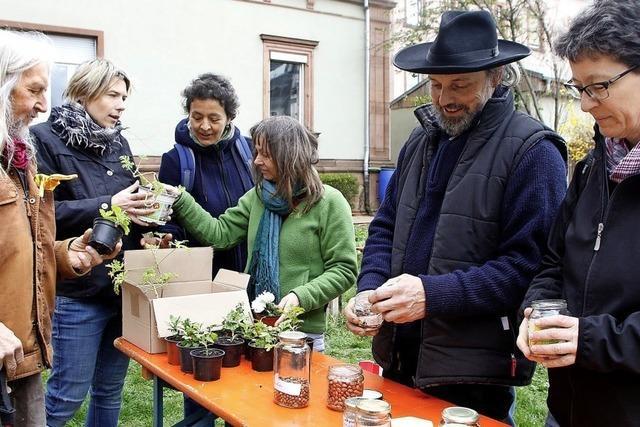 Gemeinsame Gartenpflege