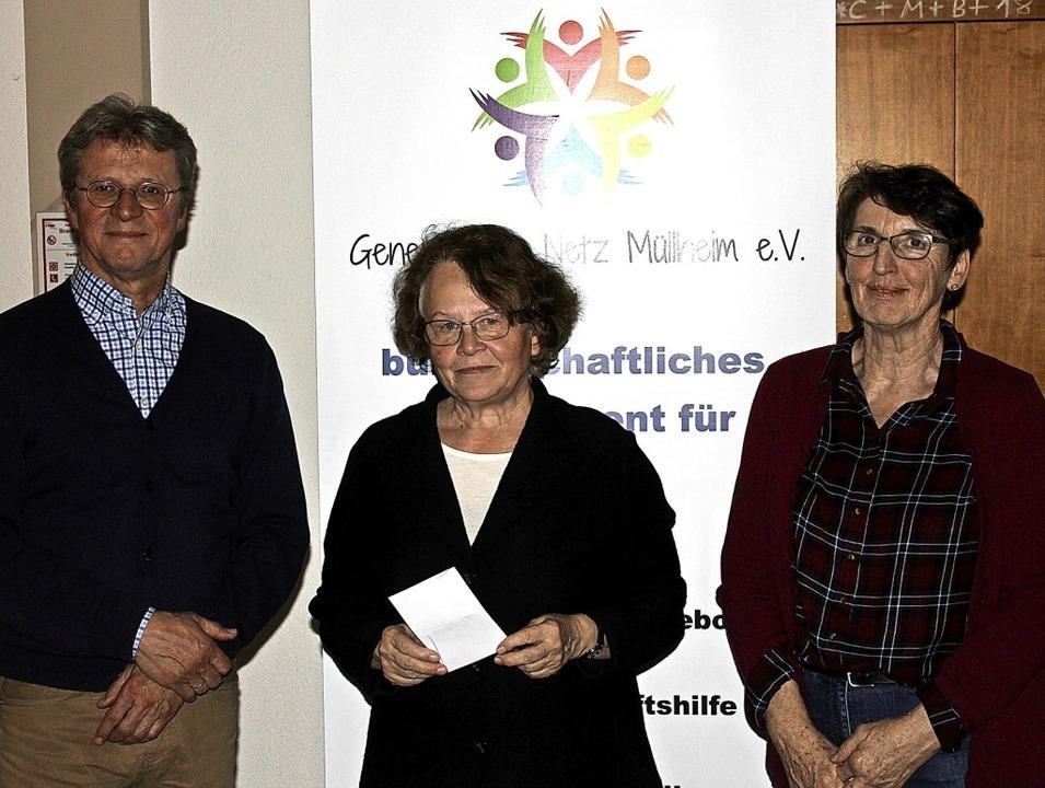 Hans Richter (von links)  Adelheid Wil... über regen Zuspruch für ihr Projekt.   | Foto: Erik Stahlhacke