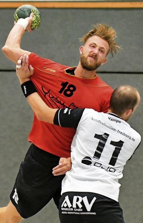 In dieser Runde stand Tobias Ludwig (h... Pfullendorf gab er nun sein Comeback.  | Foto: Keller