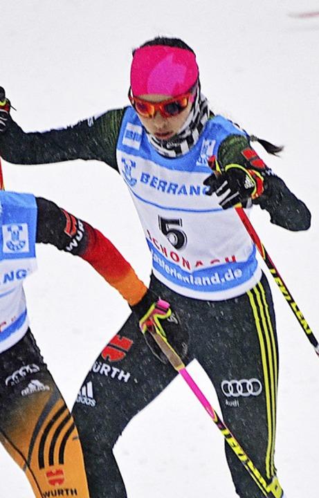 Kombiniererin Anna Jäkle holte Gold un...ze und dominierte das Spezialspringen.  | Foto: junkel