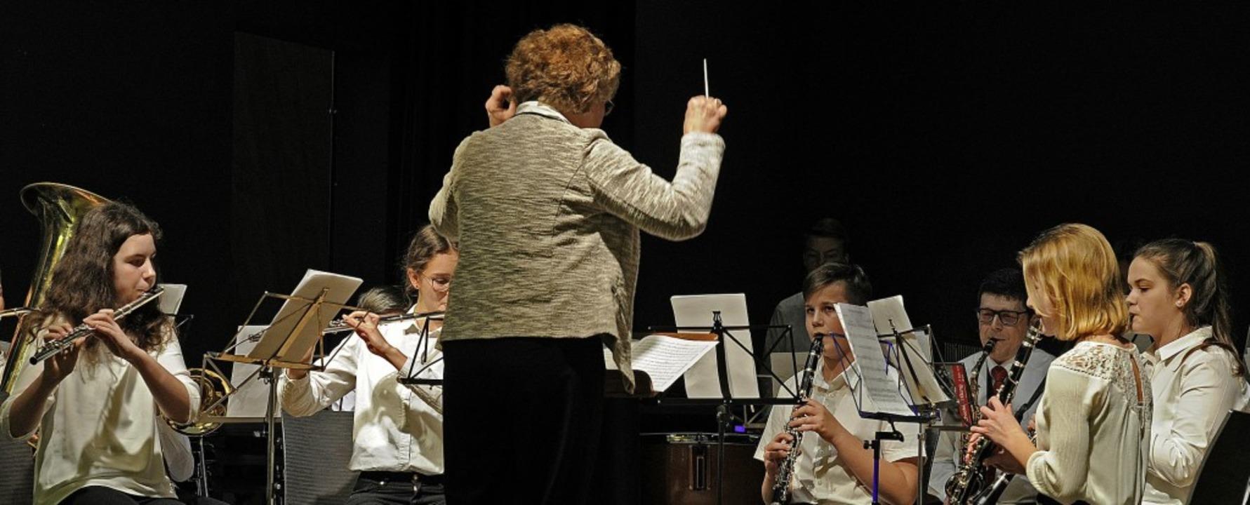 Das  Anfängerorchester der Stadtkapelle Lahr unter Leitung von Margot Volk  | Foto: Pressebüro schaller