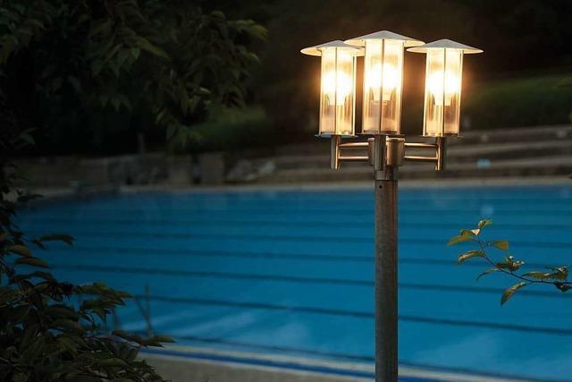 Rheinfelder fordern längere Öffnungszeiten fürs Schwimmbad