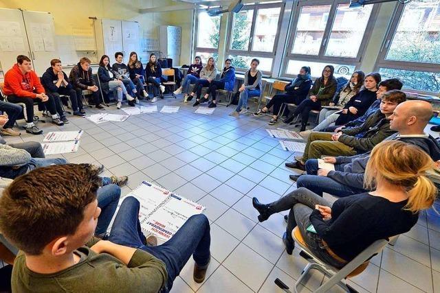 Jugendbüro Freiburg will Schülern das Wählen näher bringen